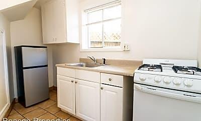 Kitchen, 1425 MacArthur Blvd, 2