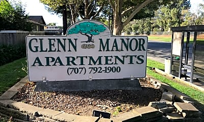 Glenn Manor, 1