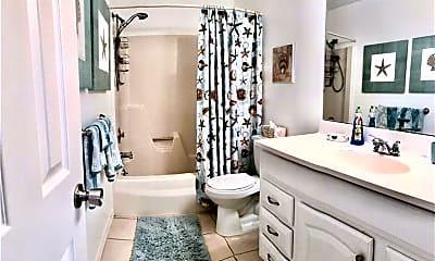 Bathroom, 36 Pine Arbor Ln 201, 2