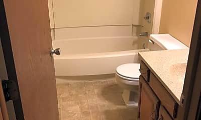 Bathroom, 731 Gordon Smith Blvd 4, 2
