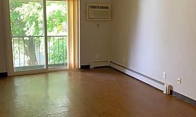 Living Room, 2010 August St, 0