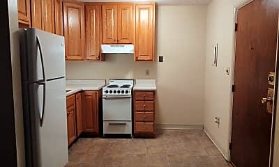 Kitchen, 2525 Lincoln Ave, 1