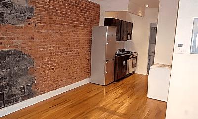 Kitchen, 340 E 81st St, 0