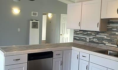 Kitchen, 17575 Yukon Ave, 1
