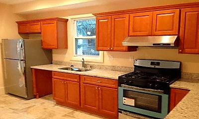 Kitchen, 32 Suffolk St, 2
