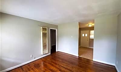 Living Room, 3838 Tuckaseegee Rd 4, 1