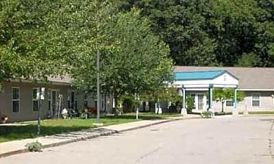 Trinity Manor, 1