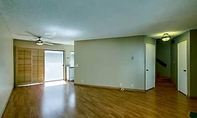 Living Room, 8462 Via Sonoma 39, 1