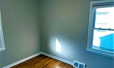 Bedroom, 1340 E Breckenridge St, 2