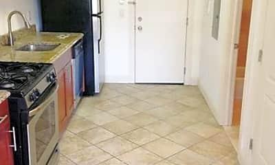 Kitchen, 2450 Lemoine Ave, 1