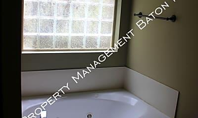 Bathroom, 805 Arlington Ave, 2