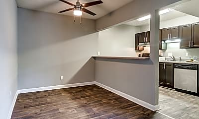 Kitchen, 400 Winchester, 2