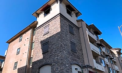 LA CORUNA SENIOR APARTMENTS, 2