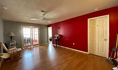Living Room, 1305 Kent Rd, 2