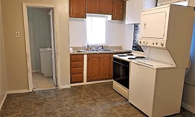 Kitchen, 1614 NE Madison Ave, 1