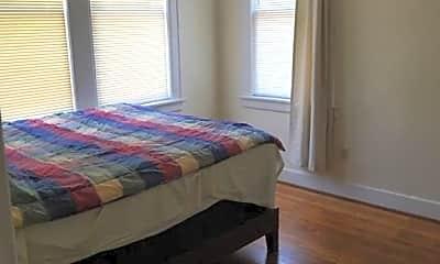 Bedroom, 602 E 49th St B, 2
