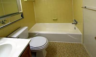 Bathroom, Barcroft View, 2