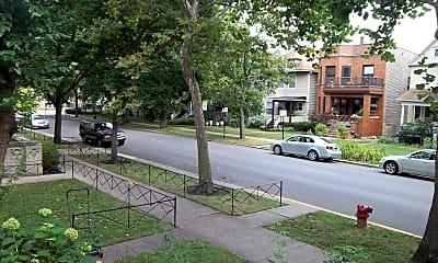 1426 W Granville Ave, 2