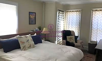 Bedroom, 117 Beacon St, 0