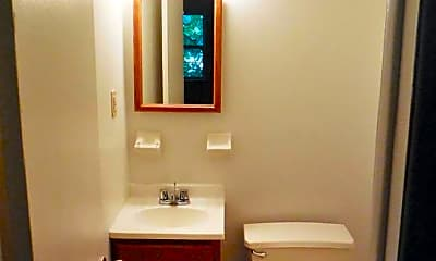 Bathroom, 1903 Country Ln, 1