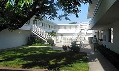 Delta Manor, 1
