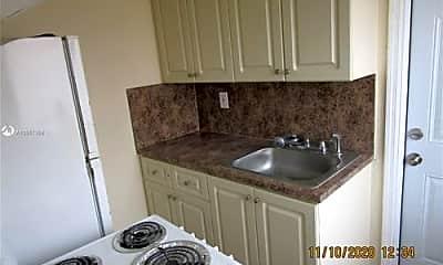 Kitchen, 215 Zamora Ave, 2