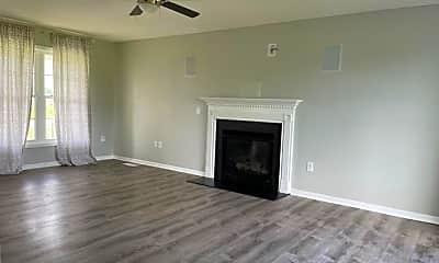 Living Room, 211 Bennett Ln, 1