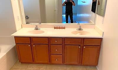 Bathroom, 6911 S 8th Dr, 2