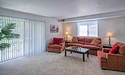 Living Room, Country Club Apartments, 1