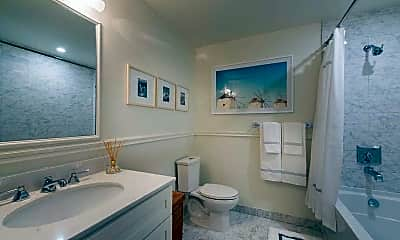 Bathroom, South Cathedral Mansions, 2