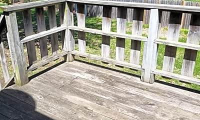 Patio / Deck, 317 NW Highland Ln, 2