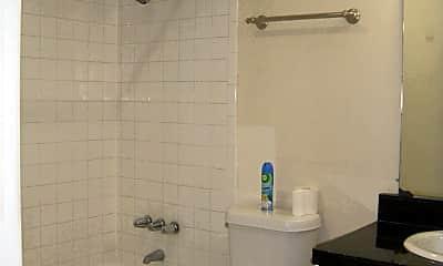 Bathroom, 304 E 33rd St, 2