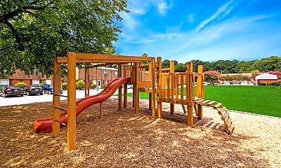 Playground, Newport Crossing Townhomes, 1