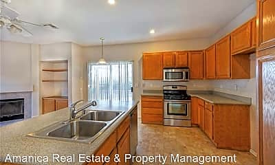 Kitchen, 25707 Barclay Dr, 1