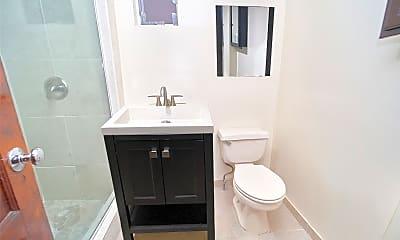 Bathroom, 380 E 29th St 2, 2