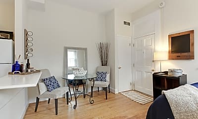 Living Room, 1800 19th St NW, 1