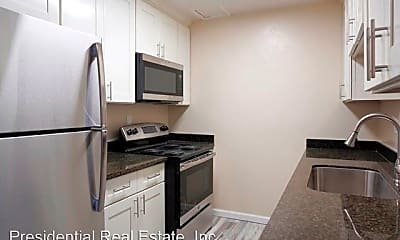 Kitchen, 1365 Stanwood Dr, 1