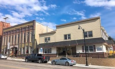 Building, 221 S Washington St, 1