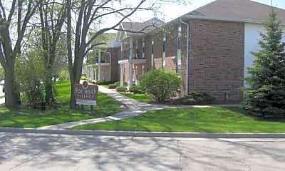 Fox Hills Village, 0
