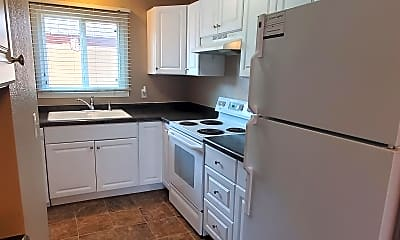 Kitchen, 4611 Tipperary Trail, 1
