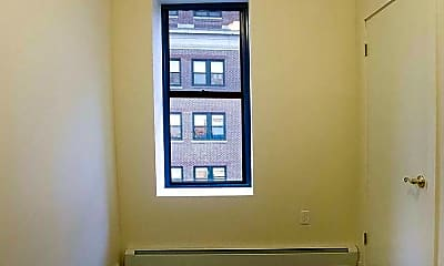 Bedroom, 79 W 124th St, 1