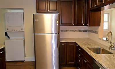 Kitchen, 423 Delaware St, 1