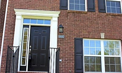 Building, 9014 Mercer Dr, 2