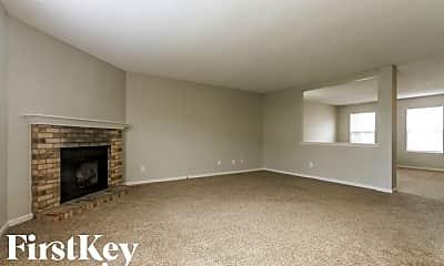 Living Room, 5136 Flame Way, 1