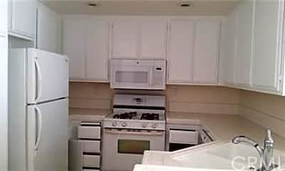 Kitchen, 27422 Iris Ave 118, 2