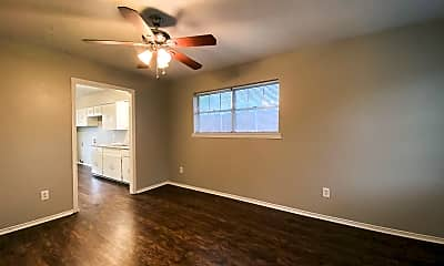 Living Room, 1509 S Hall St, 1