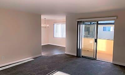 Living Room, 4334 Matilija Ave, 0