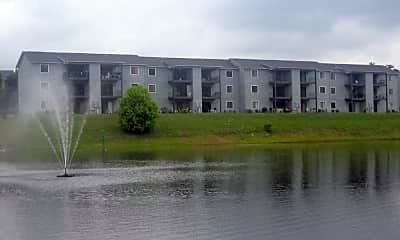 Lake Park Apartments, 0