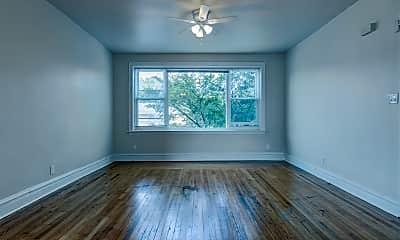 Living Room, 3517 N Cicero Ave 1, 1