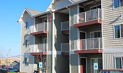 Building, Birch Hills Apartments, 0